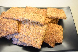 Domowe chrupiące płaskie chlebki