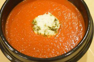 Piętnastominutowa zupa krem z pomidorów