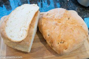 Chleb pszenny z semoliną